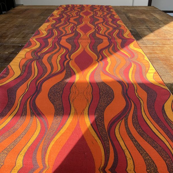 LS-Table-cover-desertsun-orange-14
