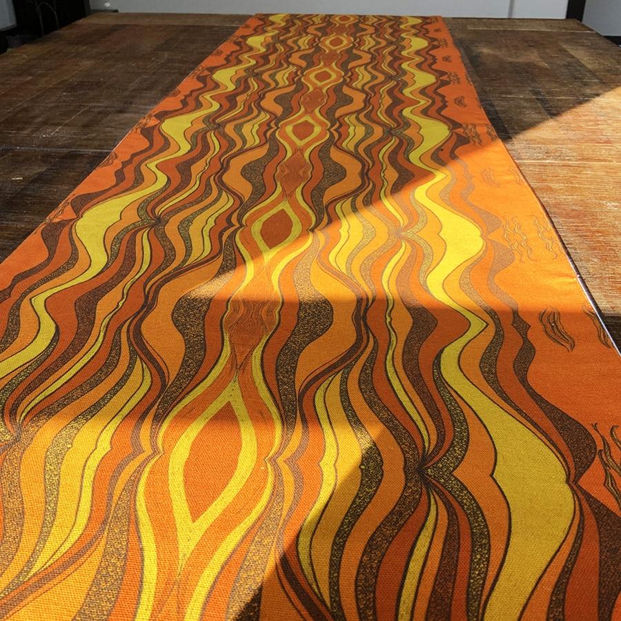LS-Table-cover-desertsun-yellow-5