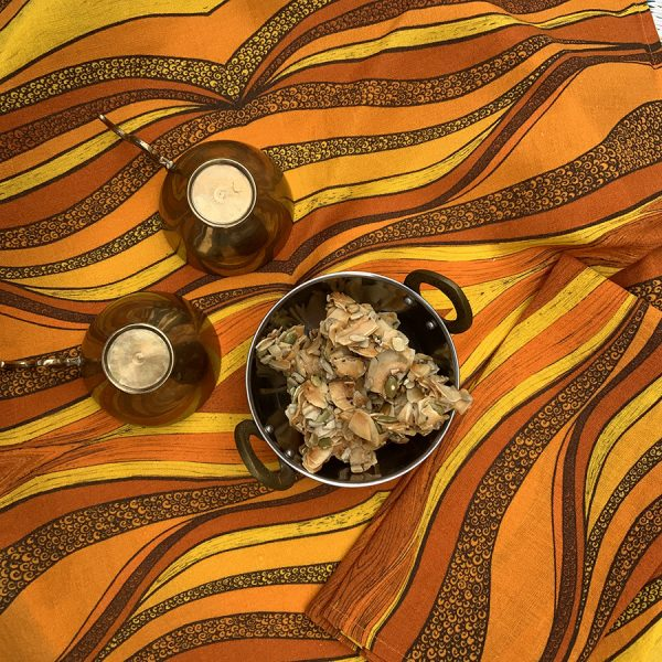 LS-Table-napkins-desertsun-2-yellow-6